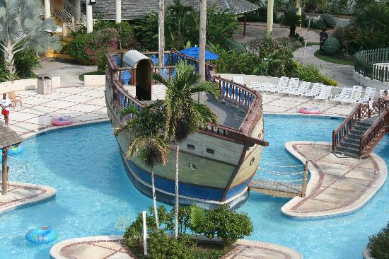 Sunscape Splash Montego Bay: The pirate ship