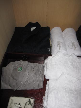 Oyado Tsuki: ゆったりと着て過ごせるリラックスウェアたち。