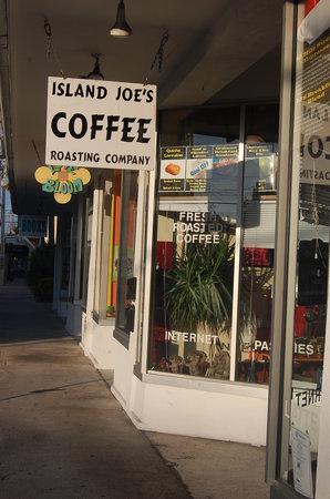 Island Joe's Cafe Bakery and Coffee
