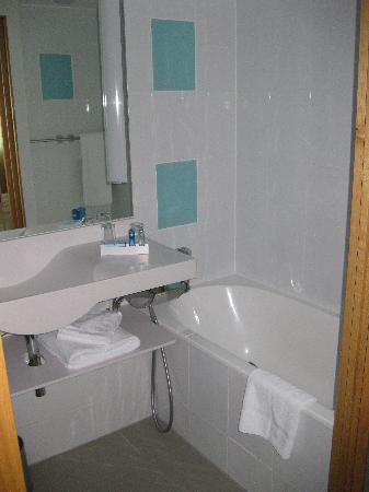 Novotel London Paddington: Bathroom