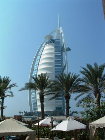 Burg al arab picture of burj al arab jumeirah dubai for The burg hotel dubai