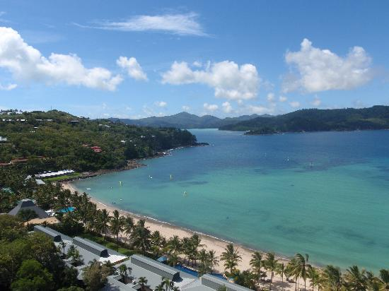Reef View Hotel: Gorgeous view from our 16th floor room