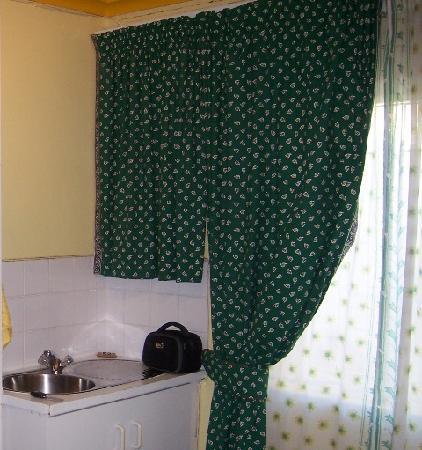 de Oude Meul Guest House: Sink area