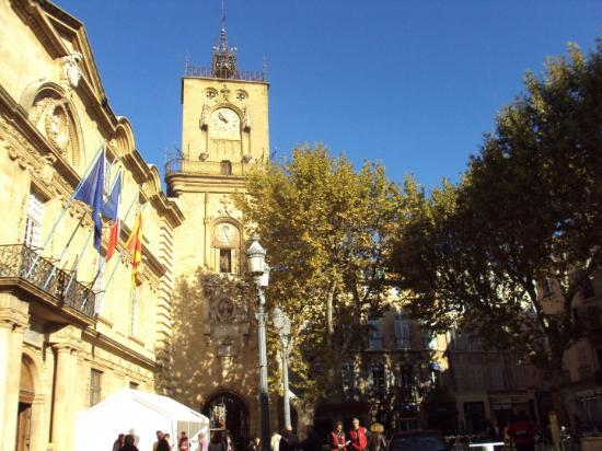 Small town in the south of france picture of aix en for Aix en provence bouches du rhone