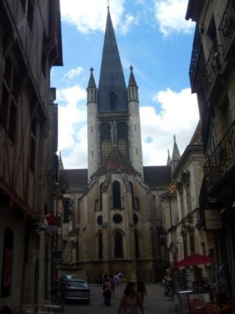 Dijon, France: Église Notre-Dame