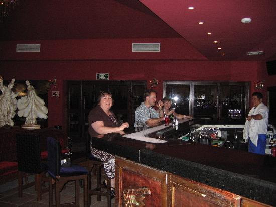 Azul Beach Resort Riviera Maya: Tequila Bar