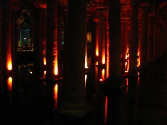 Basilikacisternen: Yerebatan Sarayi (Underground Cistern)
