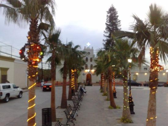 Teatro Marquez de Leon : Plaza Principal, Todos Santos, BCS