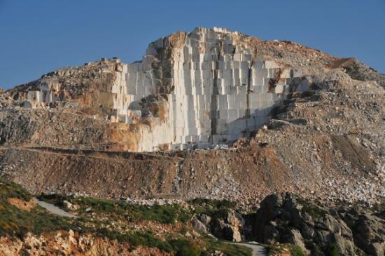مدينة ناكسوس, اليونان: Widzę w tym Dawida, Mojżesza, Pietę i Jeńców.