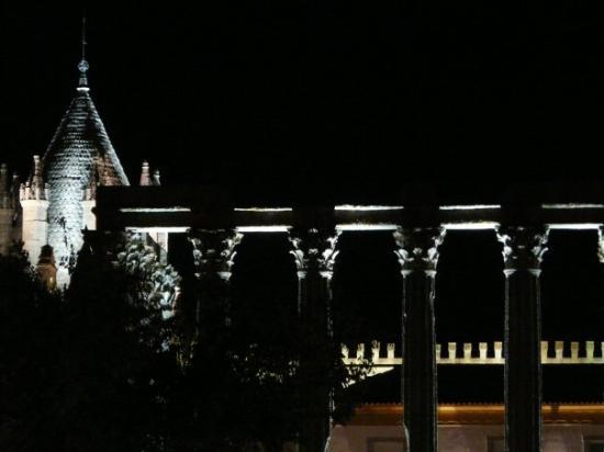 Evora, Portugal: Évora by Night