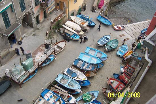 Rio Rooms: Looking down on fishing boats from veranda