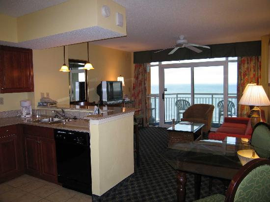 Room 1405 Kitchen Spacious Counters Picture Of Dunes Village Resort Myrtle Beach Tripadvisor