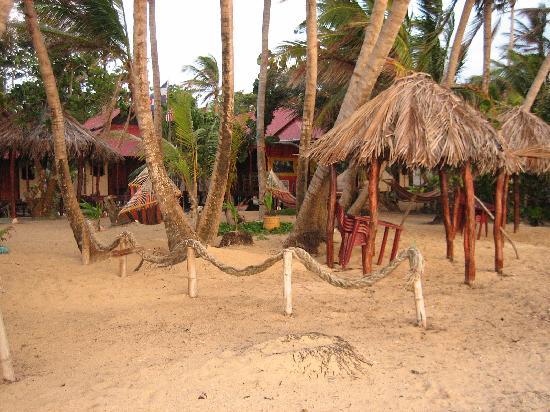 Little Corn Beach and Bungalow: View from the beach into the main area & Casitas
