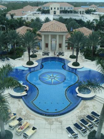 The Regent Grand : Pool