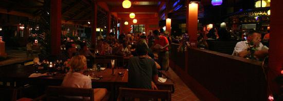 Koh Tao Simple Life Resort: Simple Lif restaurant on Sairee beach Koh Tao