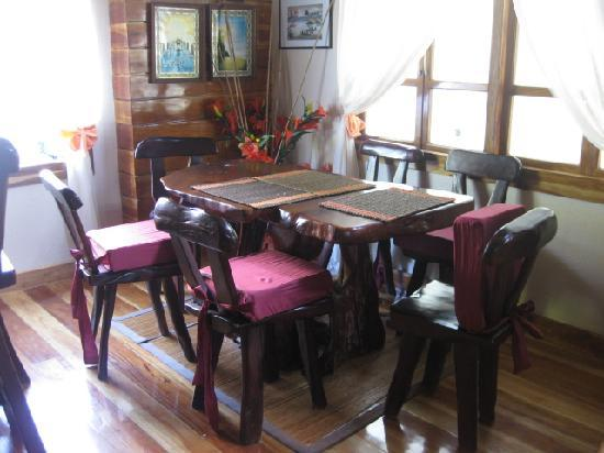 La Bella Casa: dining area