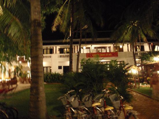 Ha An Hotel: The Hotel