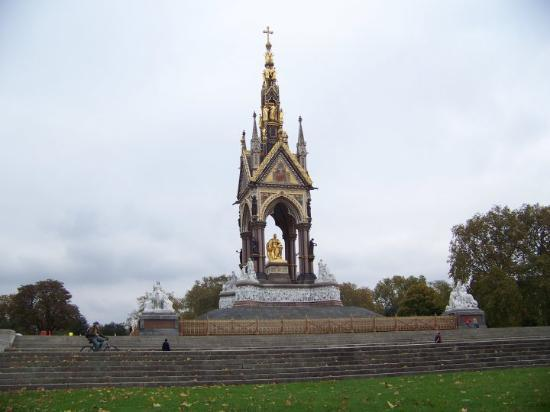 Victoria og Albert Museum: Prince Edward's Memorial