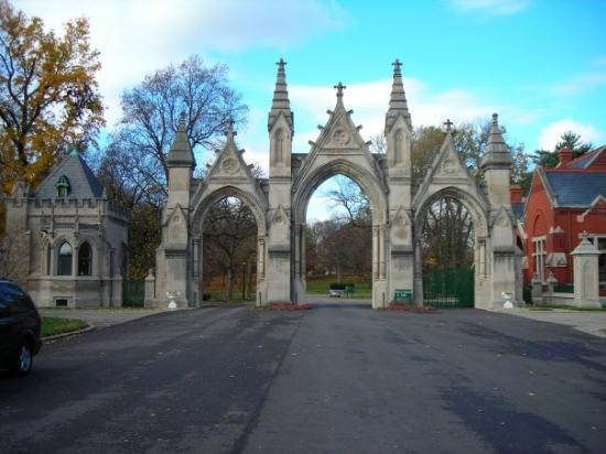 The front entrance gates wow picture of crown hill for Is biltmore estate haunted