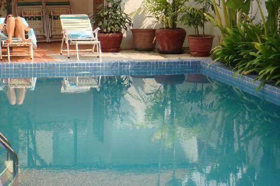 Encore Angkor Hotel : zwembad