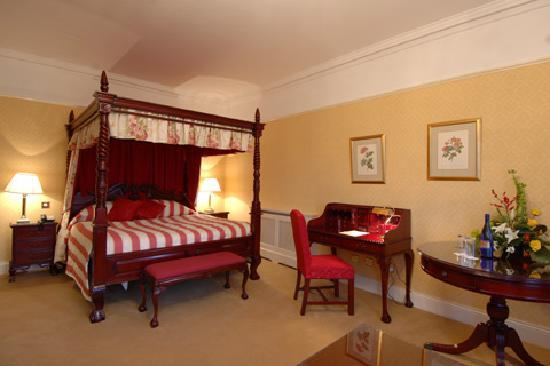 Barberstown Castle: honeymoon suite