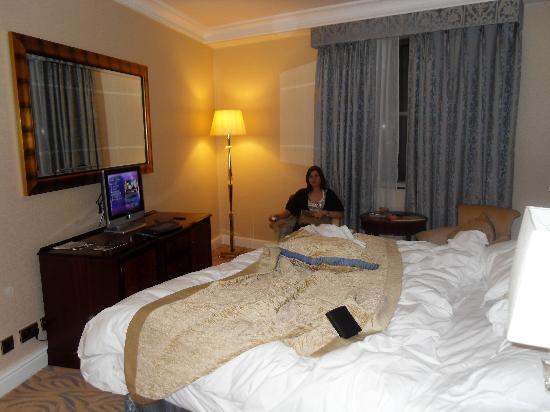 โรงแรมเวสต์บิวรี เมย์แฟร์: La camera