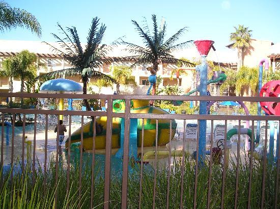 Grand Pacific Palisades Resort and Hotel: Play-pool kept kids active all day long