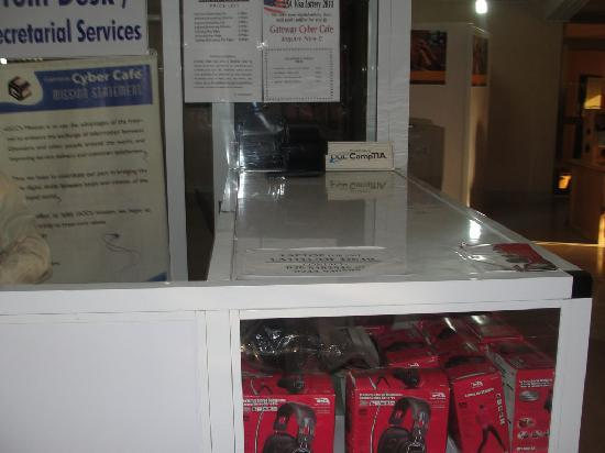Gateway Cyber Cafe: Display Items