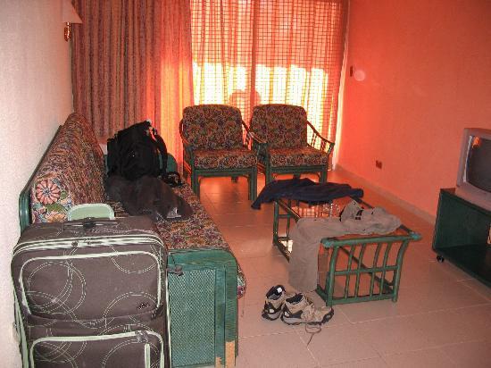 Hotel Roc Santa Lucia: suite jr prepre et confortable