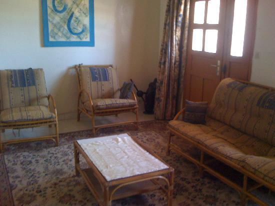 salon dappartement - Picture of Immeuble MSA, Dakar - TripAdvisor
