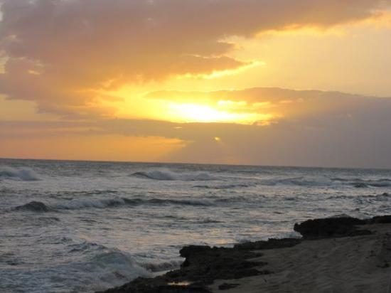 Hawaii Food Tours: Last Sunset in Hawaii
