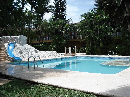 Los Andes Hotel: Relajante Alberca