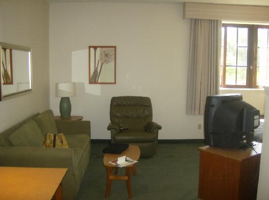 Extended Stay America - Fort Lauderdale - Cypress Creek - NW 6th Way: Sitting Area