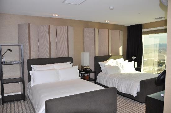 Skylofts at MGM Grand : Second Bedroom