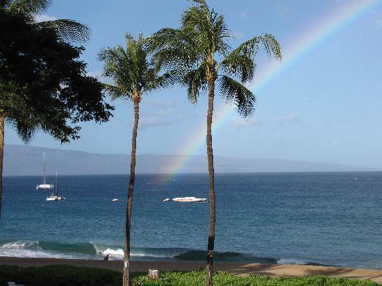 Kaanapali Beach Hotel: Rainbow from balcony on last day