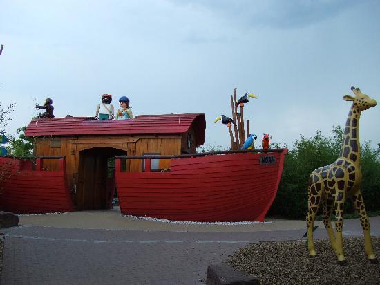 Zirndorf, Germany: Noah's Ark.