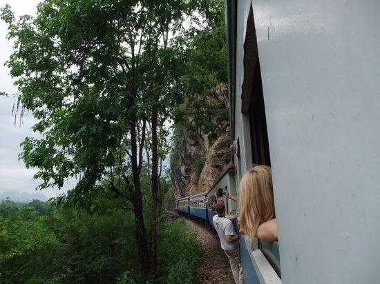Thai-Burma Railway (Death Railway): 泰緬鉄道4