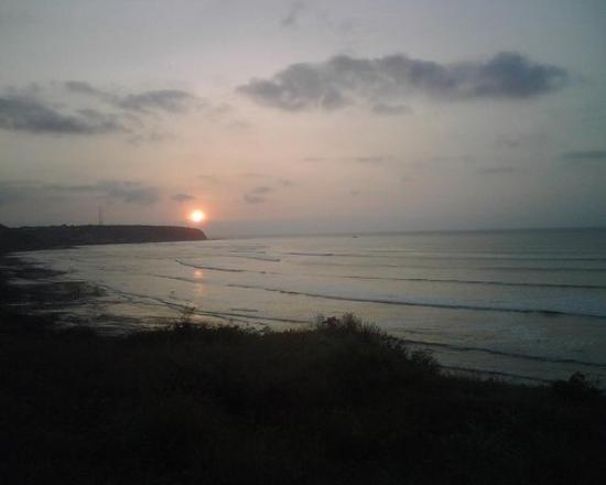 Cae el sol en Manta