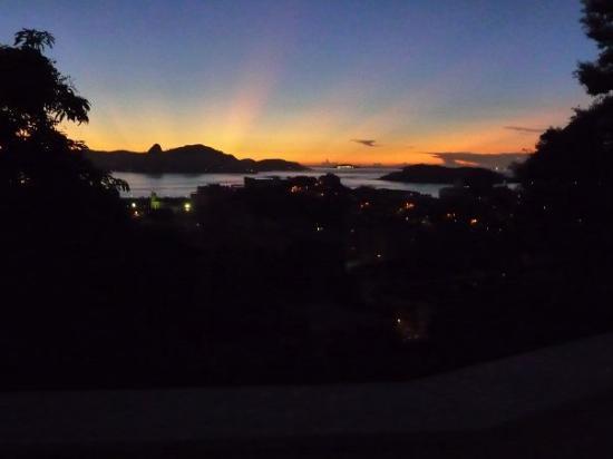 Santa Teresa : Sunrise from my balcony