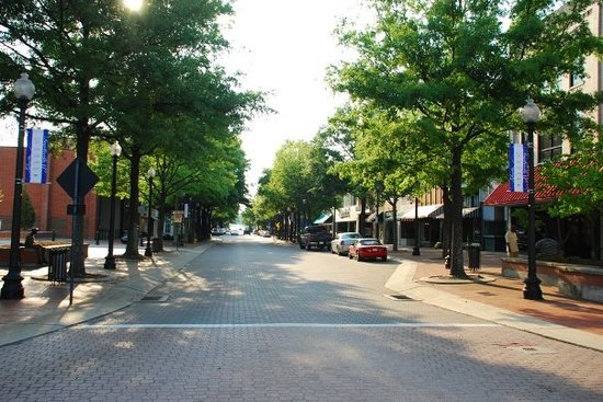 Φαγιέτβιλ, Βόρεια Καρολίνα: Hay Street, the main street in downtown Fayetteville
