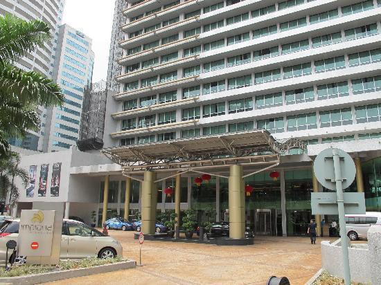 Impiana KLCC Hotel: hotel entrance