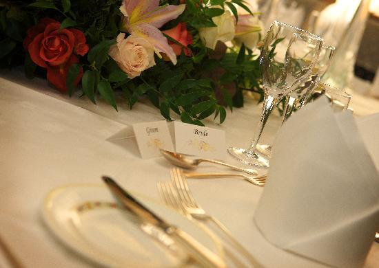 St. Tudno Hotel: Place setting for Bride and Groom