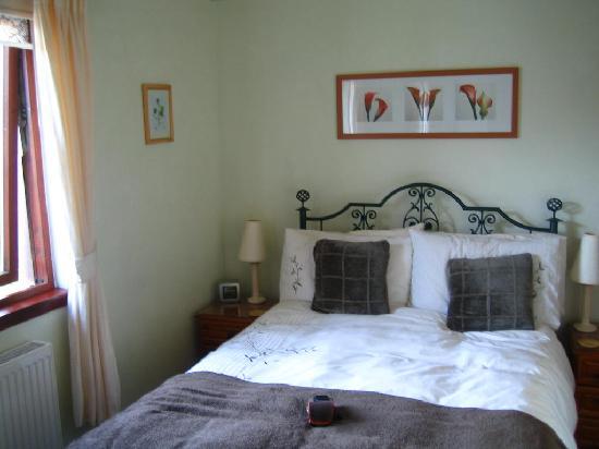 Glenshian Guesthouse: Fern bedroom