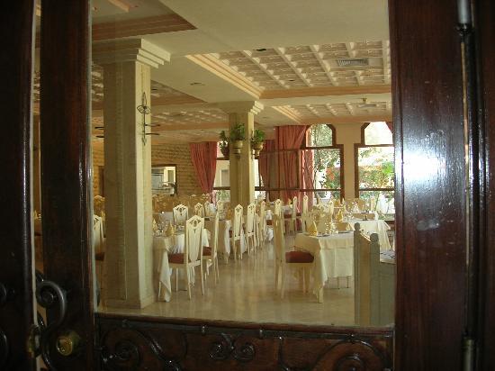 Palm Beach Palace Tozeur : Vue de la salle à manger
