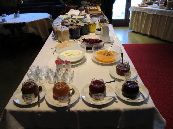 Seebichl Hotel: breakfast 2