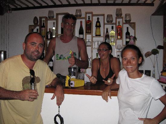 Pousada Dos Corais : Restaurante Pimenta Verde - Sonia, Walter, Mari e Flávio