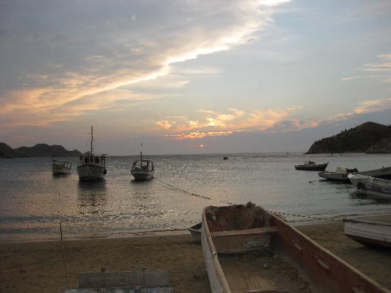 La Casa de Felipe: atardecer en Taganga
