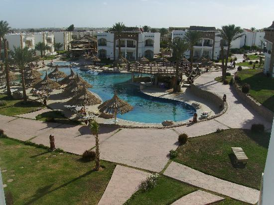 Gardenia Plaza Resort: Clean and tidy complex
