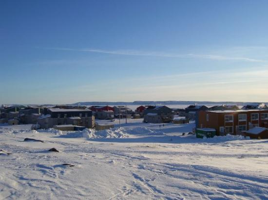 Inukjuak, Kanada: Le village