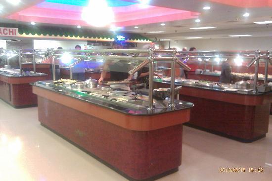 Buffet City: alot of good food